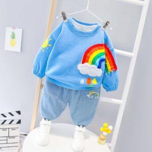 piese de vestimentație pentru cei mici