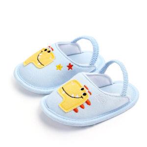 Papucei albastrii dino